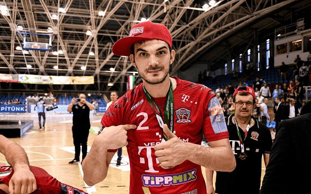 Nenadicsék a Kielcével játszanak a döntőbe jutásért. - Fotó: Facebook