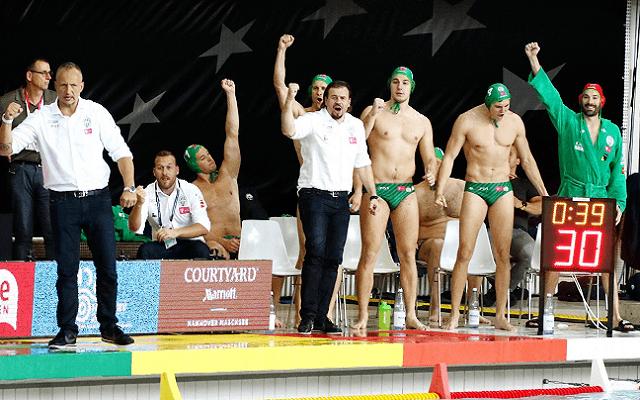 A BL-döntőért ugrik medencébe a Fradi pénteken. - Fotó: vlv.hu