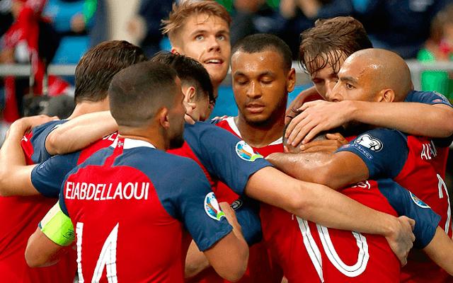 Dupláznánk a norvégok meccsén. - Fotó: Twitter