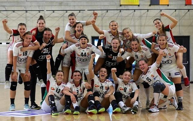 U19-es lányaink a középdöntőben küzdenek a hét elején. - Fotó: Facebook