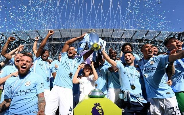 A City zsinórban harmadik bajnoki címére hajt. - Fotó: 101greatgoals.com