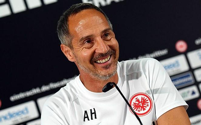 Hütter elmondta, emelkedett a hangulat, de nem számít könnyű meccsre, viszont maradt elég benzin a tankban. fotó: Twitter