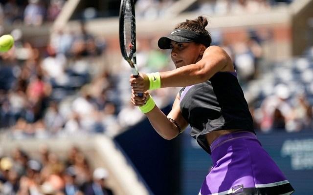 A fiatal kanadai borsot törhet az amerikai orra alá. - Fotó: WTA