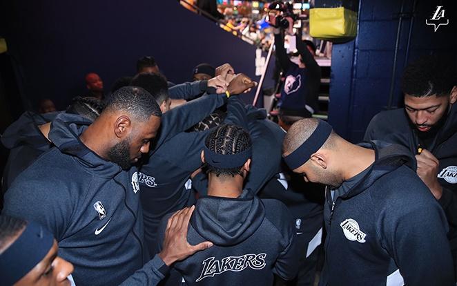 Remek a csapategység idén a lila-arany mezeseknél. Fotó: Lakers Twitter
