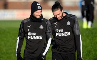A Newcastle és az Aston Villa meccsére fogadunk - tippek a PL-re