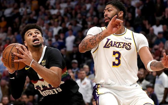 Az esélyesebbnek vélt Denvert is legyűrték Davisék. Fotó: nba.com