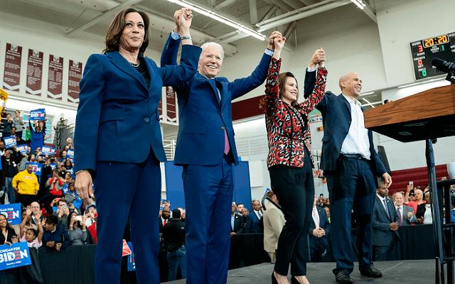 Vélhetően Biden (balról második) lesz Trump kihívója 2020-ban. - Fotó: twitter.com/joebiden