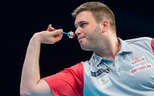 Végső János mutatkozik be elsőként a Hungarian Darts Trophy-n. - Fotó: Archív