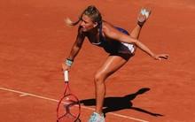 Kiemeltet verhet a szemrevaló magyar teniszező