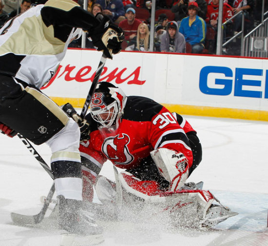 Brodeur véd a New Jersey-Pittsburgh NHL-meccsen