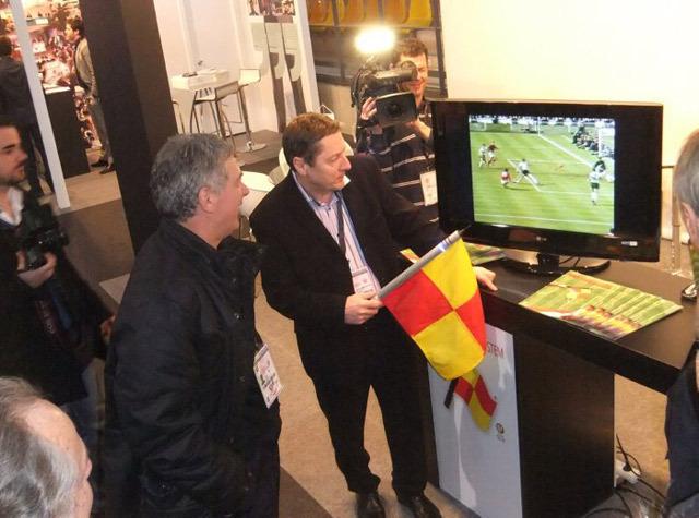 Egy spanyolországi technikai kiállításon bemutatták a Maruzsi László által kifejlesztett elektronikus gólbírót.