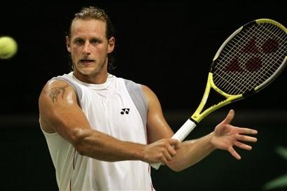 Nalbandian már kiesett a tornáról, de így is látványos a tetoválása - Fotó:http://cornedbeefhash.wordpress.com