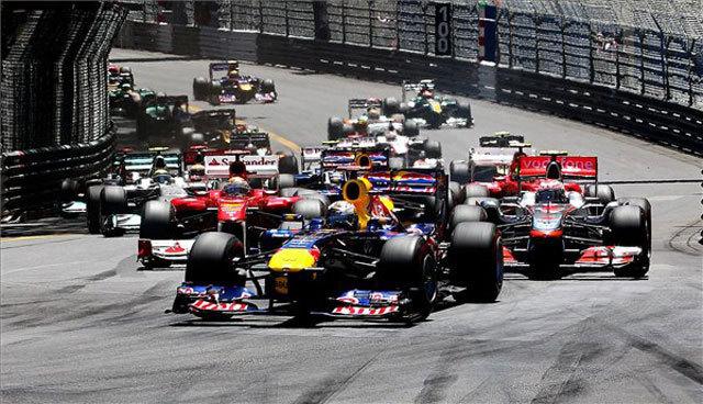 Tavaly Vettel hasított az élen - Fotó: AFP