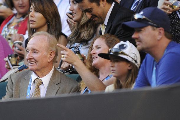 Rod Laver (balra) érdeklődve nézte a Nadal-Berdych találkozót - Fotó: australianopen.com