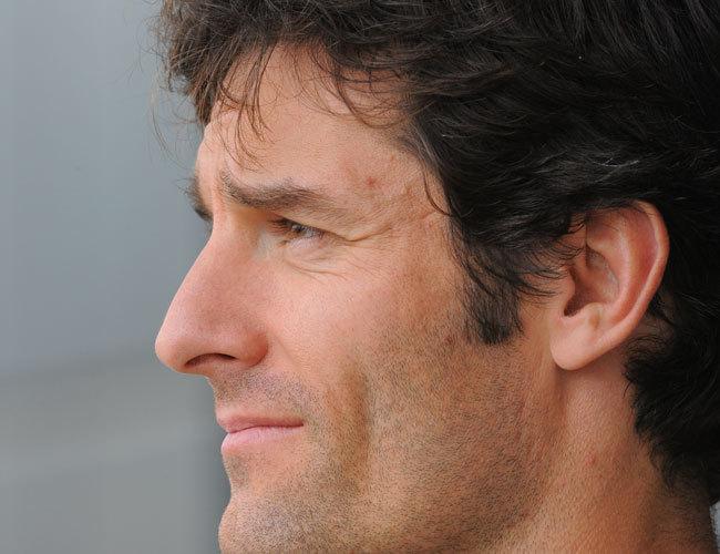 Webber tekintete árulkodó - ő sem látja hova vezet ez az egész... Fotó: AFP