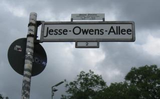 Berlinben sétány is viseli a legendás futó, Jesse Owens emlékét - Fotó:blog.travelpod.com